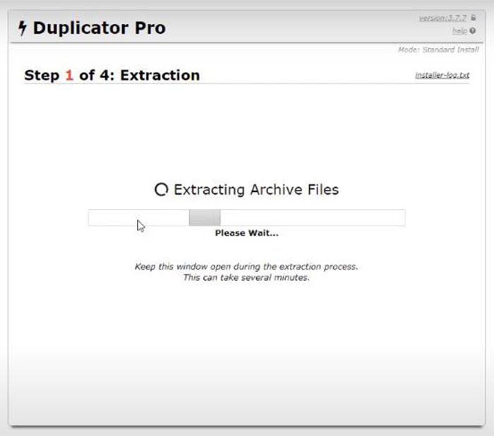 Duplicator sẽ tiến hành cài đặt lại website của bạn